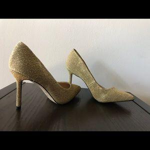 Easy to wear mid heel pump - never been worn!